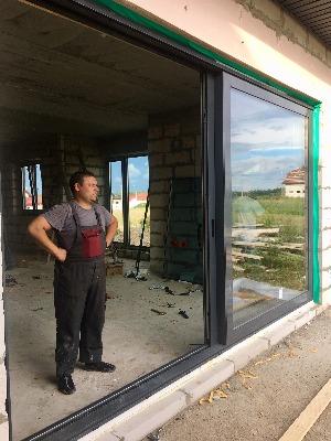 Алексей Смурага, монтажник компании Уютный Евродом