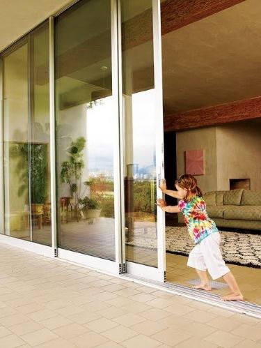 Выход на террасу в частном доме