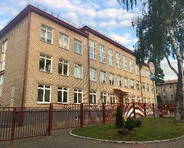 Остекление школы №8 в Гродно фото
